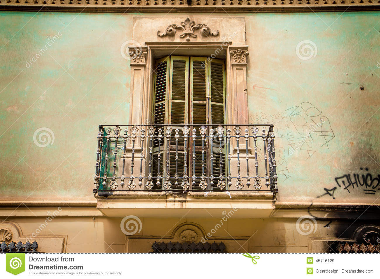 balkon-susleri-ile-evinize-ferahlik-katin-5