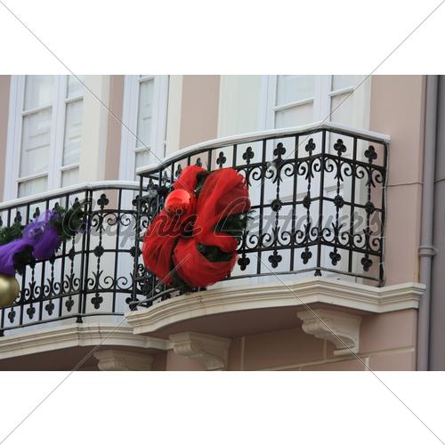 balkon-susleri-ile-evinize-ferahlik-katin-6